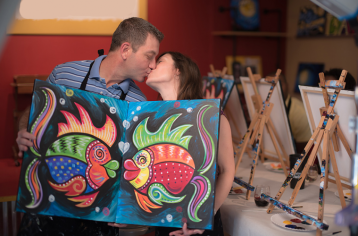 date-night-couple-painting-759x500